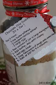homemade holiday gift chocolate chip cookies in a jar crafts