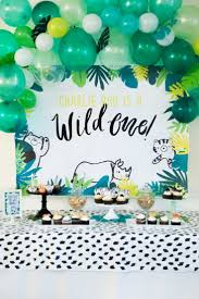 halloween bday party background best 25 balloon backdrop ideas only on pinterest birthday