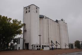 simple silo builder j h tillotson contractor our grandfathers u0027 grain elevators