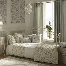 Shabby Chic Ideas For Bedrooms Shabby Chic Bedroom Sets