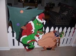 Christmas Yard Decorations Grinch by 74 Best Yard Christmas Images On Pinterest Christmas Yard Art