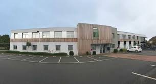 bureaux à louer lille bureaux vente location marquette lille offre 55388 cbre