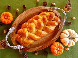 pumpkin challah autumn recipe