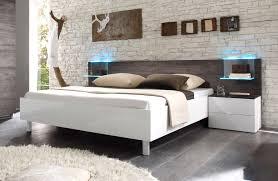 Schlafzimmer Komplett Luxus Schlafzimmer Weiß Braun Modern Ungesellig Auf Moderne Deko Ideen