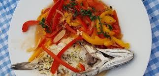 cuisiner le merluchon cuisiner le merluchon 49 images recette de colombo de la mer