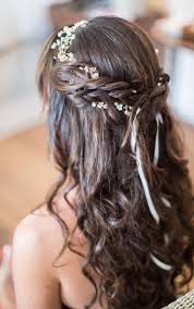 coiffure pour mariage cheveux mi les 25 meilleures idées de la catégorie cheveux lâchés pour