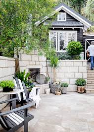 House Beautiful Cottage Living Magazine by Star Style Tara Dennis U0027s Beautiful Riverside Home Home