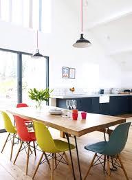 table et chaises salle manger chaise table salle a manger magnifique chaises couleurs salle a