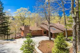 vermont luxury homes and vermont luxury real estate property