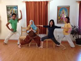 Chair Yoga Class Sequence Chair Yoga Training Sivananda Yoga Vedanta Center Los Angeles