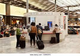 bureau de change roissy charles de gaulle charles de gaulle airport stock photos charles de gaulle airport
