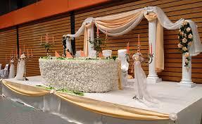 Bride And Groom Table Decoration Ideas Wedding Table Decorations A List Wedding Services The Complete