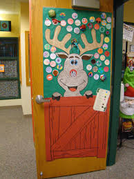 door decorating reindeer noses december class ideas