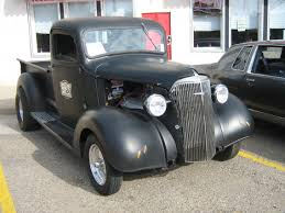 customized chevy trucks file black 1937 chevrolet customized pickup truck 3735253063 jpg