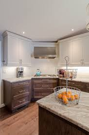 Two Tone Kitchen Cabinets Engaging Two Tone Room Colors Image Decor In Kitchen Transitional