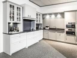 kitchen cabinets ledro powder coating