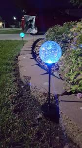 Glass Globes For Garden Solar Powered Crackle Glass Ball 7 Color Changing Stake Lights