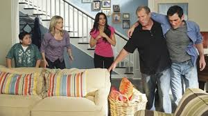 modern family u003d hilarious show paint color on stairway u003d benjamin
