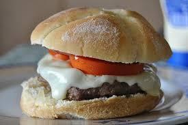 cuisiner un hamburger hamburgers maisons faciles et délicieux recette américaine
