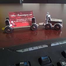 cadeau bureau homme presse papier camion avec remorque aimanté décoration bureau