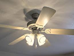 Ceiling Fan Light Globes by White Ceiling Fan With Light Image The White Ceiling Fan With