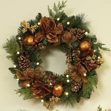 Christmas Outdoor Decoration Ideas by Decorated Christmas Wreaths Ideas U2013 Happy Holidays