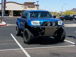 lifted toyota pickup photo