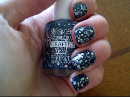 seventeen off the wall graffiti nail effects in
