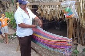 instructions on weaving a mayan hammock with the traditional