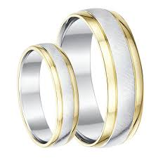 wedding rings uk his hers 9ct yellow gold silver wedding rings 5 6mm silver