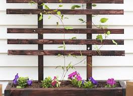 Wooden Planter With Trellis Planter With Outside Mesh To Make Yourself Hommeg