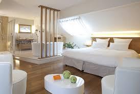 salle de bain ouverte sur chambre beautiful chambre ouverte sur salle de bain gallery matkin info