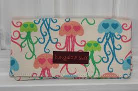 wallet jellyfish bungalow360