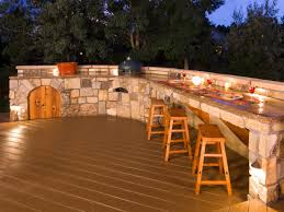 interesting combinations between wood and stone elements are