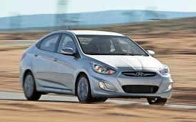 hyundai accent 2012 2012 motor trend car of the year contender hyundai accent