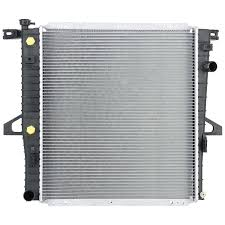 amazon com spectra premium cu2310 complete radiator for ford