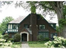 Holling Place Apts Apartments Buffalo Ny Zillow by 15 Best Tudor Style Homes Images On Pinterest Tudor Homes Tudor