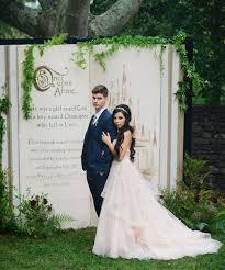 Wedding Backdrop Pictures Best 25 Storybook Wedding Ideas On Pinterest Book Centerpieces