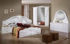 chambre à coucher blanche chambre a coucher blanc design chambre coucher cytia blanc brillant