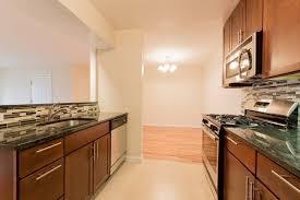 Millbrook Kitchen Cabinets Millbrook Village North In Edison Nj