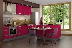 mur cuisine framboise décoration deco cuisine couleur framboise 36 colombes 09440517