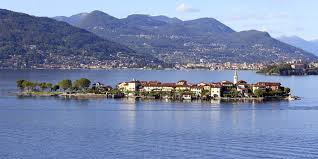 webcam and map of lake maggiore