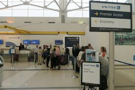 united check in luggage 100 united check in baggage travel tip drop your bags at