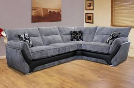Ideas For Small Living Room by Great Looking Small Living Room With Fabric Corner Sofa And