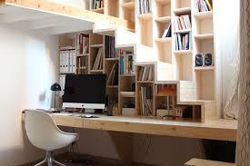 am駭agement bureau sous escalier aménager un bureau sous l escalier 10 idées repérées sur