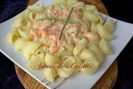 cuisiner le saumon pâtes au saumon fumé facile et rapide amour de cuisine