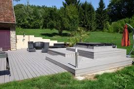 jacuzzi bois exterieur pour terrasse amnagement terrasse ides dco pour une belle terrasse with