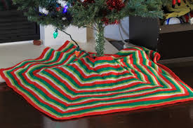mod stripe tree skirt free knitting pattern at jimmy beans wool