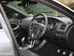 volvo v40 cross country r design drive volvo v40 cross country and r design petrolblog