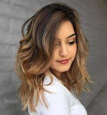 hairstyles for women over 40 wavy medium oval face 40 flattering haircuts and hairstyles for oval faces